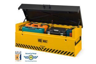 Van Vault Outback - Secured by Design
