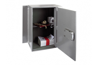Churchill Magpie M5 Wall Safe