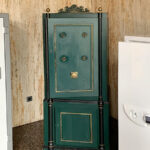 What are Old Safes made of?